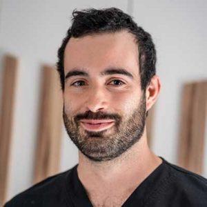 Dr. Gabriel Castanedo Clínica Dental Pablo González Aguilar de Campoo